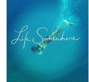 mergulho em algum lugar