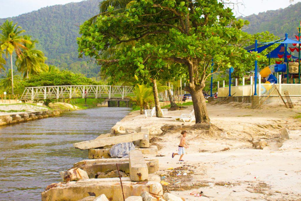 Caribe trinidad e tobago, na Baía de maracas